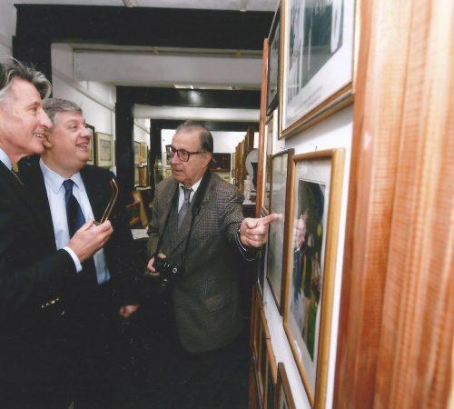 Από τα Εγκαίνια του μουσείου με τον Σεμπάστιαν Κόε μαζί με τον δημιουργό του μουσείου Δημήτρη Μποντικούλη